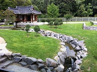 Wiederaufbau des Koreanischen Gartens im Grüneburgpark ist genehmigt