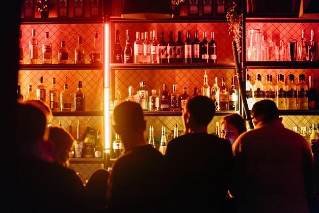 Bars & Kneipen