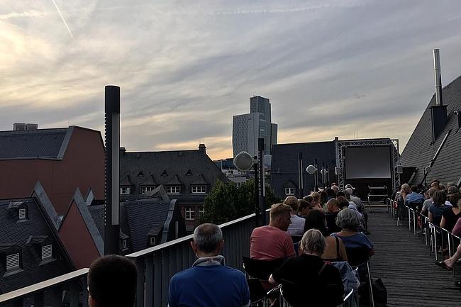 Kino auf dem Dach 2019 - Haus am Dom lädt zum Sommerkino