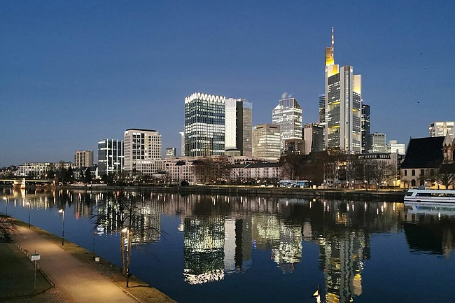 Frankfurt grows - The future of the skyline in 3D
