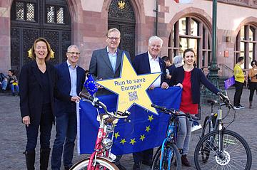 Laufen für Europa: Der erste European Youth Marathon findet in Frankfurt statt