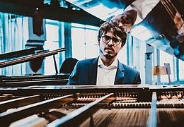 Lucas Debargue: Klavier