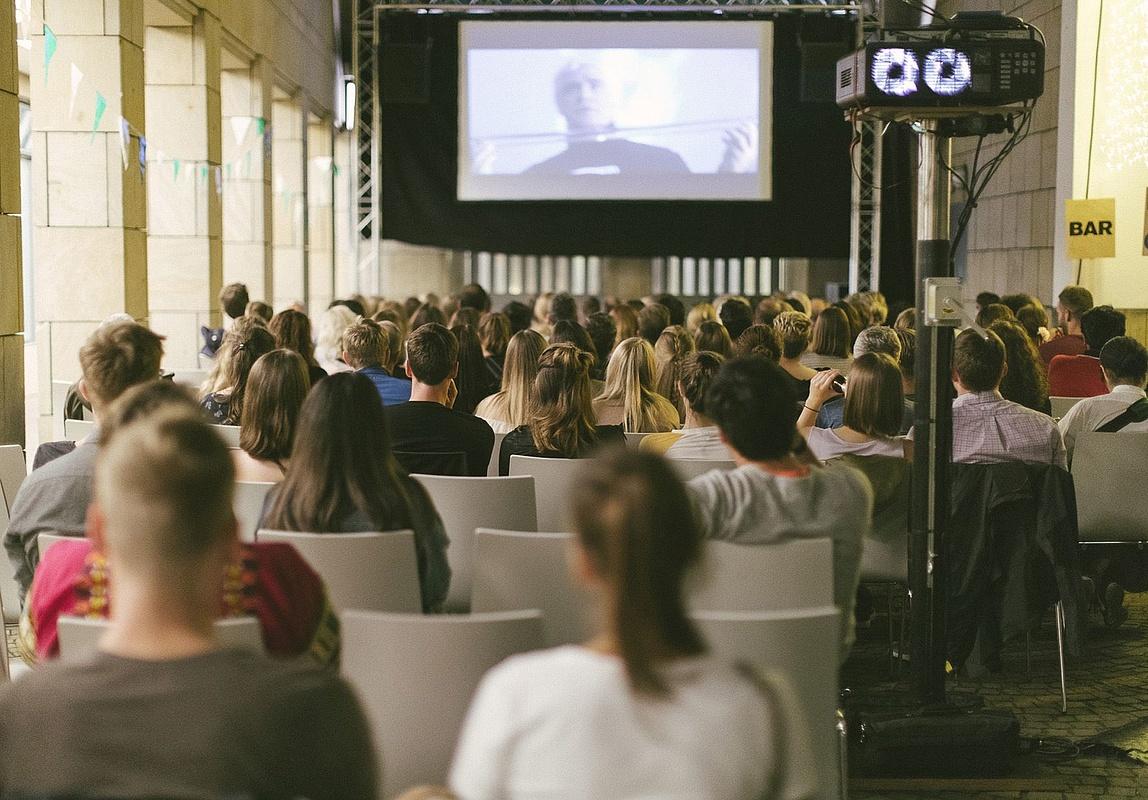 Open air kino brentanobad