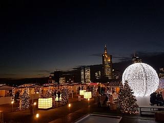 CityXmas 2018 lädt zum Hüttenzauber über den Dächern Frankfurts