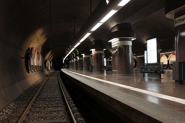 Warnstreik beim öffentlichen Nahverkehr am Dienstag: S-Bahnen und Busse fahren!