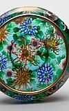 Sieben Schätze: Eine Wunderkammer des japanischen Cloisonnés