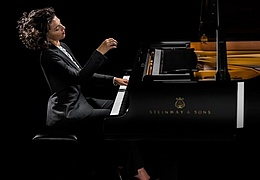 Khatia Buniatishvili, Klavier