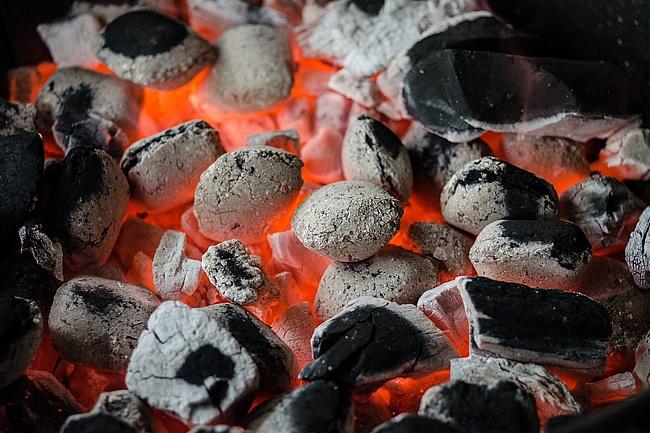 Grillverbot gilt weiterhin – Waldbrandstufe drei bis vier erwartet