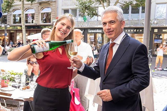 Rheingauer Weinmarkt 2019 – Edle Tropfen auf der Freßgass