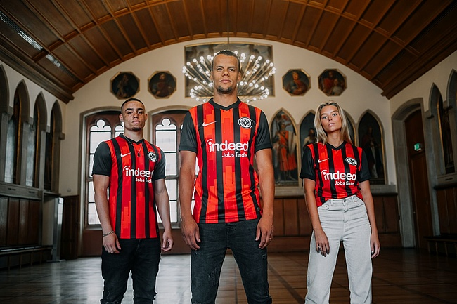 The new home jersey of Eintracht Frankfurt - A homage to the Frankfurt Roman