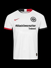 #blacklivesmatter: Eintracht Frankfurt sends a clear signal against racism and xenophobia