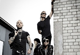 Backyard Babies & The Bones