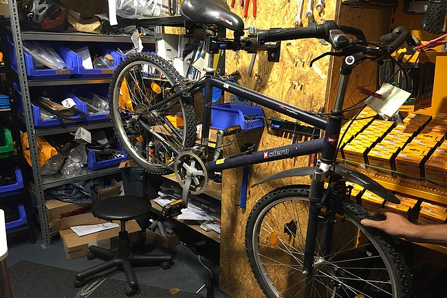 The bicycle repair shop - the perfect service for the environmentally friendly way to work