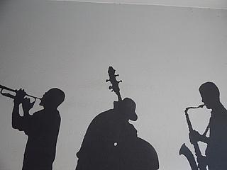 Sam Hogarth Trio feat. Louis Grote