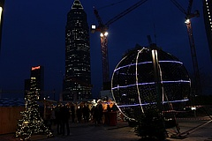 Europa Christmas Market on the Roof of Skyline Plaza Enters Second Round