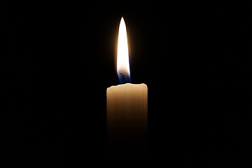 #lightwindow - A candle for the Corona dead