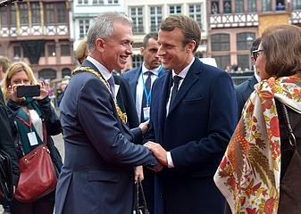 Bienvenue a Francfort - Oberbürgermeister Peter Feldmann empfängt Emmanuel Macron im Römer
