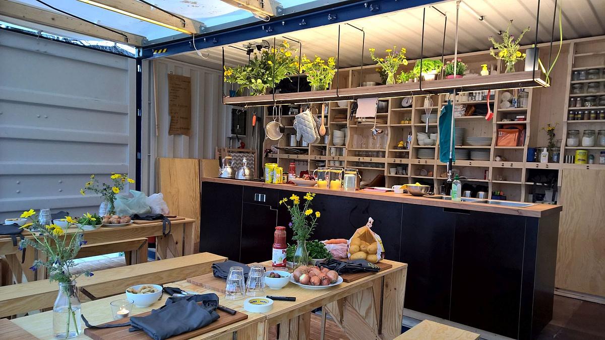 Kitchen on the Run – Interkulturelle Kochbegegnungen im Küchencontainer