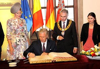 OB Feldmann begrüßt das belgische Königspaar im Römer