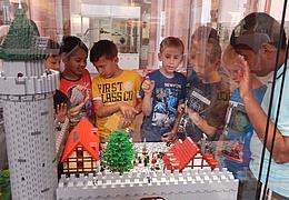 LEGO Zeitreise: Vergangene Welten - neu aufgebaut