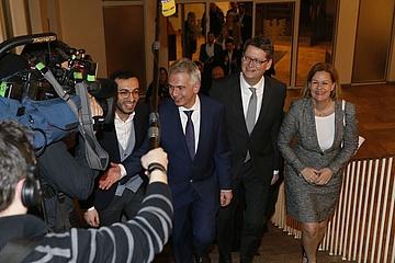 Peter Feldmann bleibt Frankfurts Oberbürgermeister