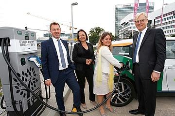 Erste Schnellladestation für E-Fahrzeuge am Frankfurter Flughafen eröffnet