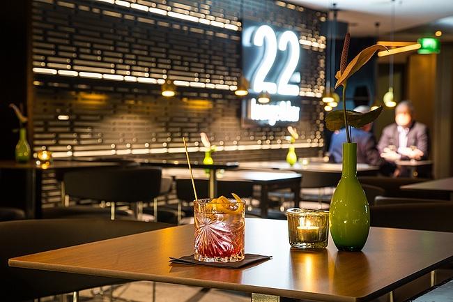 Atemberaubender Blick auf Frankfurt: Die22nd Lounge & Bar