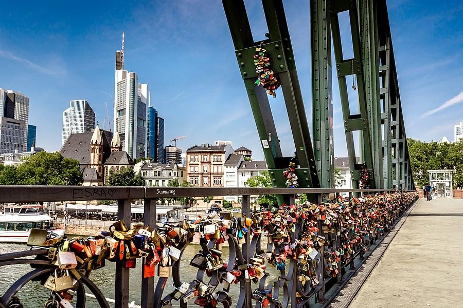 understand Single partys berlin heute congratulate, simply magnificent