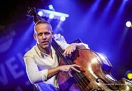 Avishai Cohen Trio On Tour