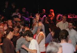 Clubnacht im Saal mit DJ Params