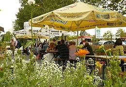 Mittwochswochenmarkt im Frankfurter Garten