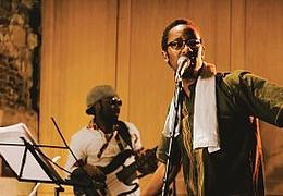 Singer-Songwriter - Mudibu & Band