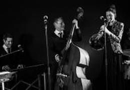 Sommerkonzert mit dem Jazz-Quartett 4tothebar