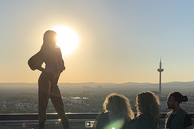 SKYWALK MEETS FASHION - Frankfurt's highest catwalk