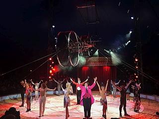 Der Great Christmas Circus verzaubert zum Jubiläum nicht nur die Kinder