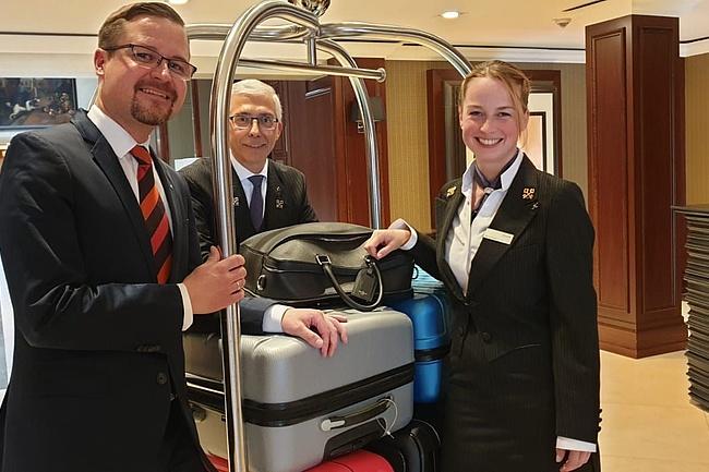 Einzige weibliche Concierge im Rhein-Main-Gebiet erhält Goldenen Schlüssel