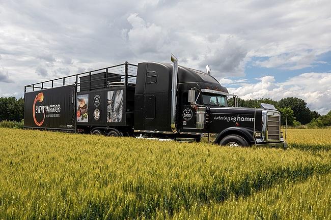 Der FOOD TRUCK FRIDAY 2019 bringt den größten Food Truck der Welt nach Frankfurt