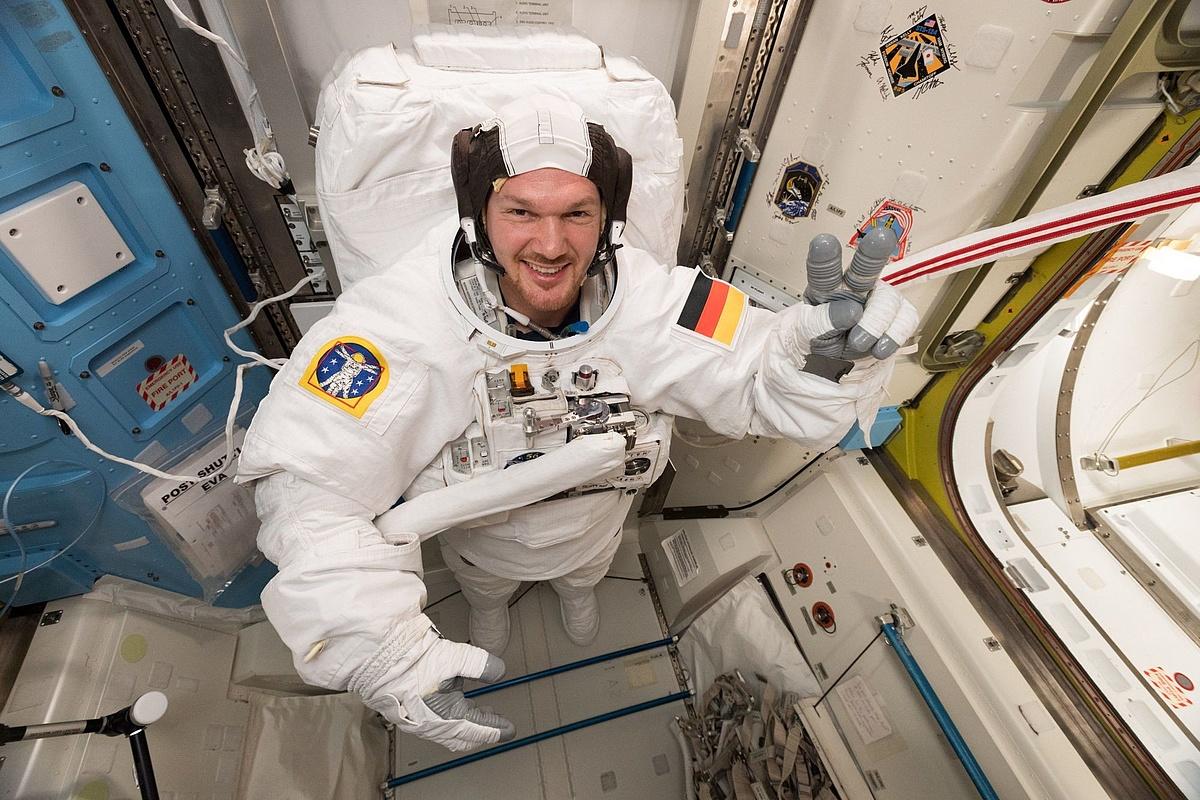 Bigcitybeats Kundigt Ein Jahr In Space Mit Der Esa An