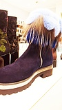 Versace, Jil und Linda – oder: Mode, Kunst und Frankfurts schönster Schuhsalon