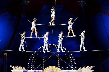Staunen, träumen und lachen bei Mandana im Circus Krone