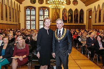 Lord Mayor Peter Feldmann at the Christmas Tea of the International Women's Club Frankfurt