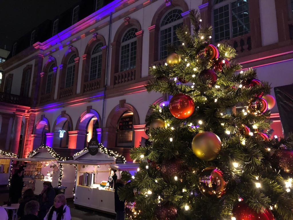 Weihnachtsmarkt Am Goetheturm.Wie Komme Ich In Weihnachtsstimmung