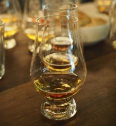 Wie man Whisky am besten genießt