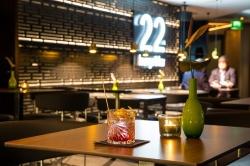 Atemberaubender Blick auf Frankfurt: Die22nd Lounge & Bar Foto: INNSIDE by Melina Frankfurt Eurotheum