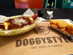 Doggystyle - Hot Dogs conquer Frankfurt