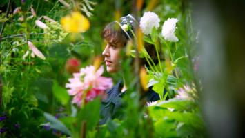 The Beautiful Garden of Bella Brown - DVD