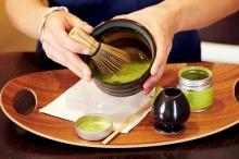 Matcha, das smaragdgrüne Tee-Juwel